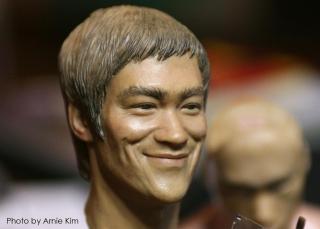Bruce Lee head sculpt_Photo by Arnie Kim_1.jpg