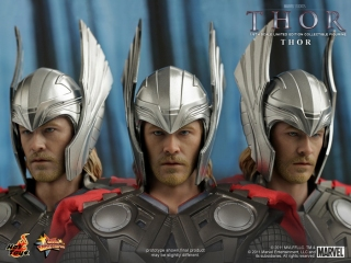 Thor - Thor Limited Edition Collectible Figurine_PR16.jpg