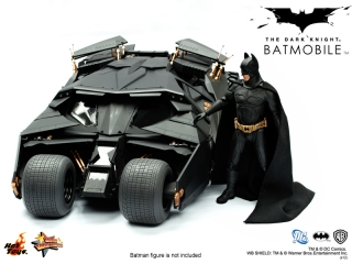 Hot Toys - The Dark Knight - Batmobile Collectible (Relaunch Version)_PR3.jpg