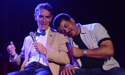 What's Hot: Watch Bill Nye Make Fun of Neil DeGrasse Tyson