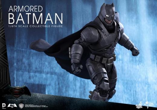 Hot Toys - BVS - Armored Batman Collectible Figure_PR10.jpg