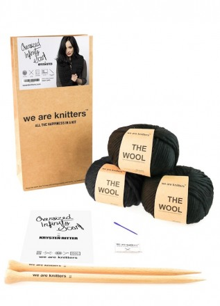 knitting-kit-wool-oversized-infinity-scarf-krysten-ritter-03_1.jpg