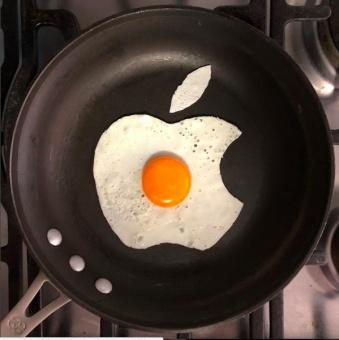 the_egghibit2.jpg