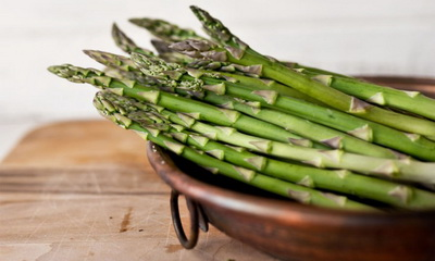 What's Hot: New Report Ties Asparagus To Possible Spread Of Breast Cancer