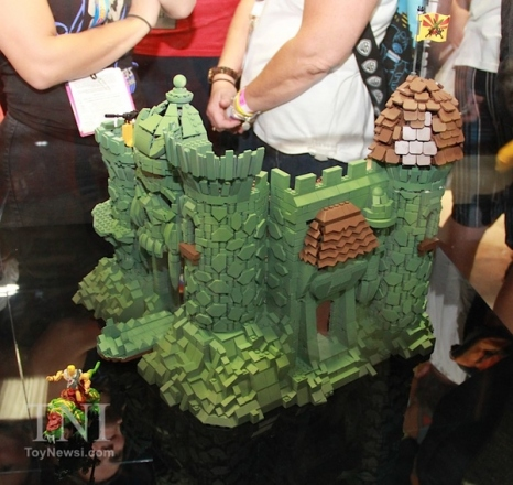 MegaConstrux-Castle-Grayskull-02__scaled_600.jpg