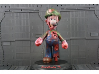 Zombie_Luigi_Figure.jpg