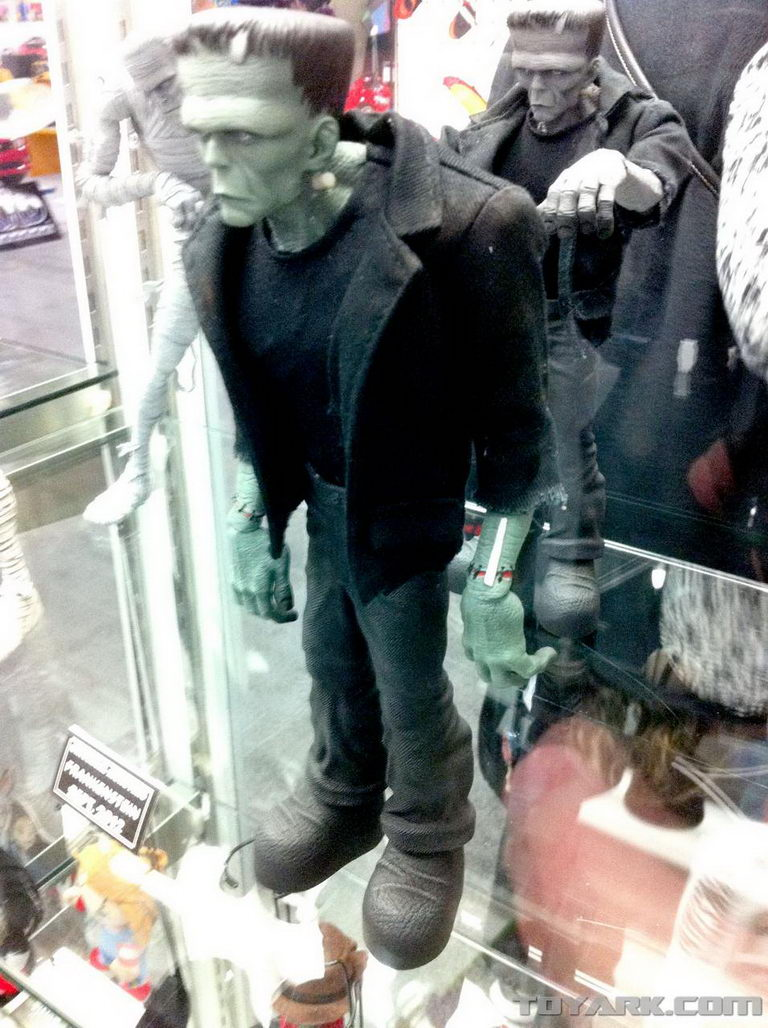 Toy Fair 2012 Mezco Universal Monsters And Horror Toys
