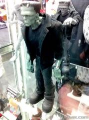 Toy-Fair-2012-Mezco-Horror-0007_1329071117.jpg