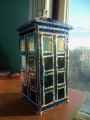 doctor_who_stained_glass_tardis_2.jpg