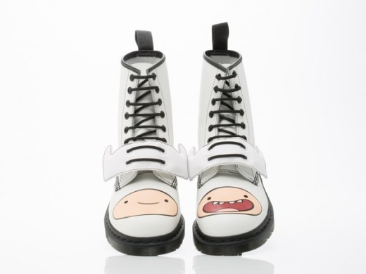 Dr.-Martens-X-Adventure-Time-shoes-Finn-Boot-Mens-White-010806.jpg
