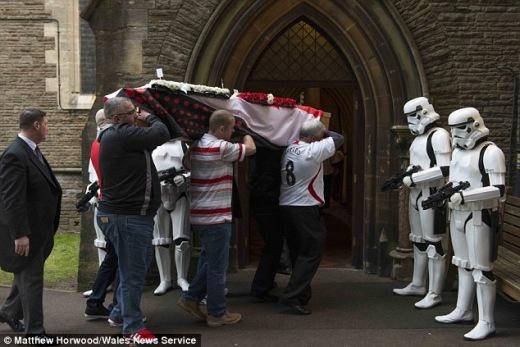 star wars funeral_3.jpg