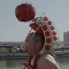 Marathons Are So Much Easier With A Tomato Robot On Your Head