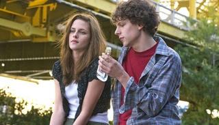 Jesse Eisenberg & Kristin Stewert