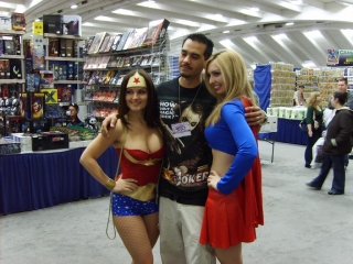 wonder woman and supergirl cosplay