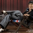 Hot Toys_Bruce Lee_In Casual Wear_9.jpg
