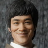 Hot Toys – 1/6th scale Bruce Lee Collectible Figure (In Suit)