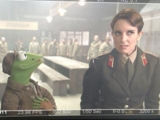 tina-fey-kermit-the-muppets-2-sequel-600x450.jpg