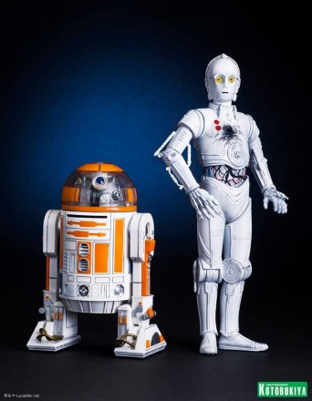 Star-Wars-Celebration-Exclusive-R3-A2-and-K-3PO-ARTFX-Statues.jpg