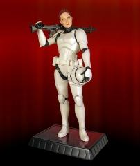 FemaleStormtrooper1.jpg