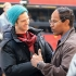 andrew-garfield-jamie-foxx-spiderman-nyc-042813-6-580x435.jpg