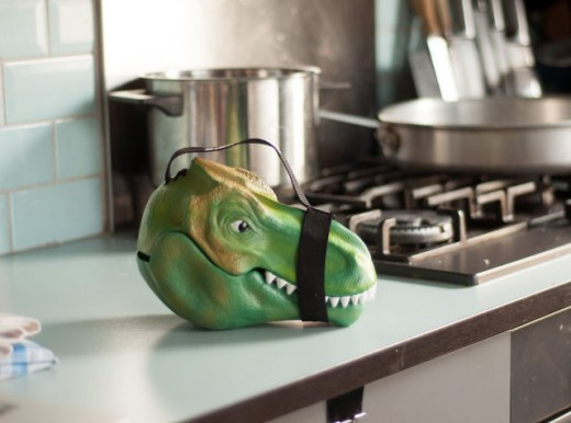 dino-head-lunchbox-2.jpg
