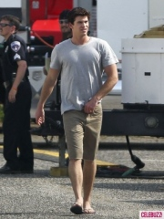 the-hunger-games-set-photos_3.jpg