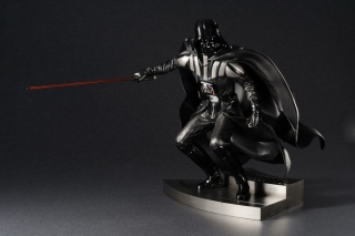 kotobukiya_Darth_Vader_ROTJ 1.jpg
