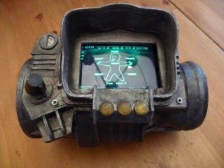 fallout-3-pip-boy-ipod-dock-1.jpg