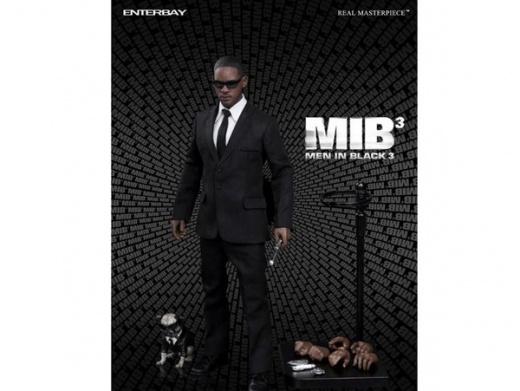 enterbay men in black 3-4.jpg