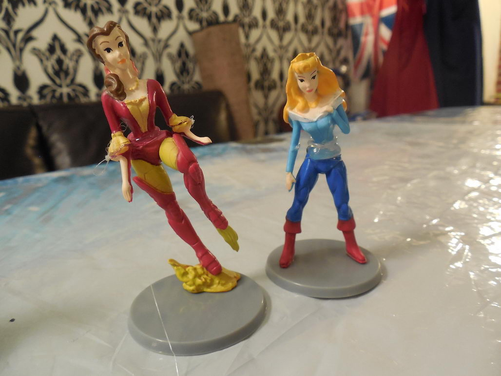 Avengers Cake Toppers Viewing Gallery
