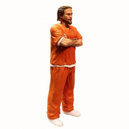 mezco summer exclusive prison jax mezco_3.jpg