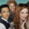 "First Trailer For Karen Gillan and Jon Cho's New ABC Series ""Selfie"""