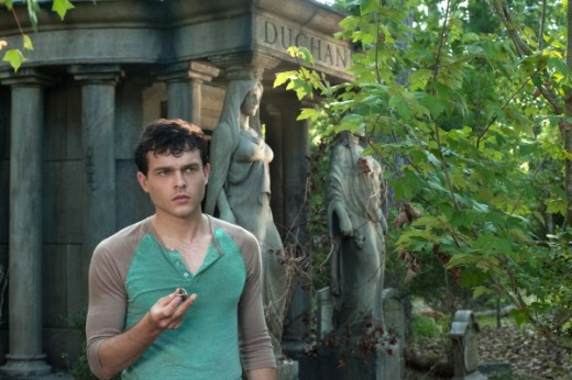 alden-ehrenreich-image-beautiful-creatures-600x399.jpg