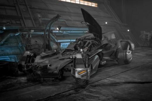justice-league-batmobile-600x401.jpg