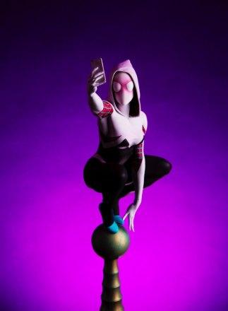 Mondo-Spider-Gwen-Statue-2.jpg