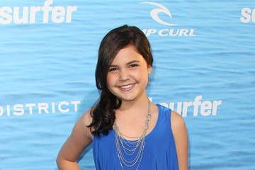 Bailee-Madison-young-retro-girl.jpg