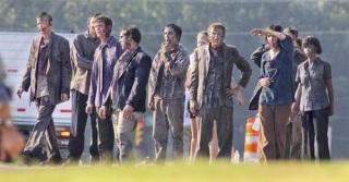 the-walking-dead-season-2-behind-the-scenes-4.jpg