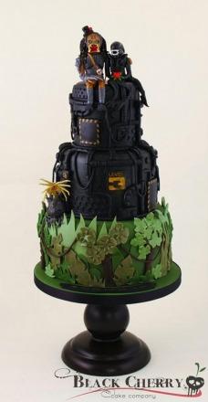 alien-and-predator-wedding-cake.jpg