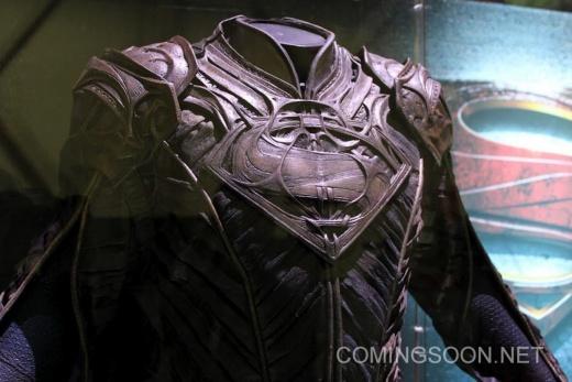 man-of-steel-jor-el-costume-image-licensing-expo-1.jpg