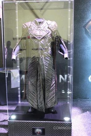 man-of-steel-jor-el-costume-image-licensing-expo.jpg