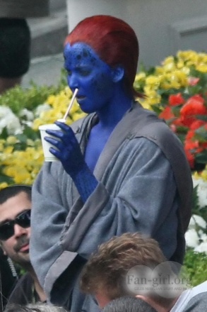 jennifer_lawrence_as_mystique.jpg