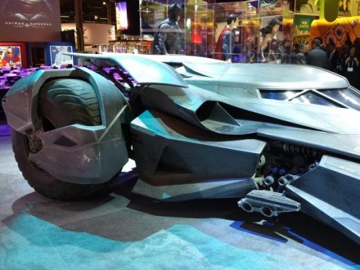 batman-v-superman-batmobile-image-1-600x450.jpg