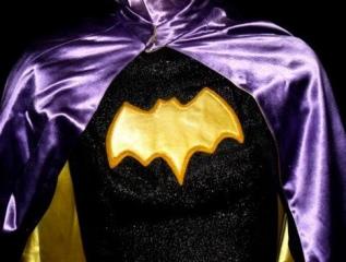 classic_batgirl_costume2.jpg