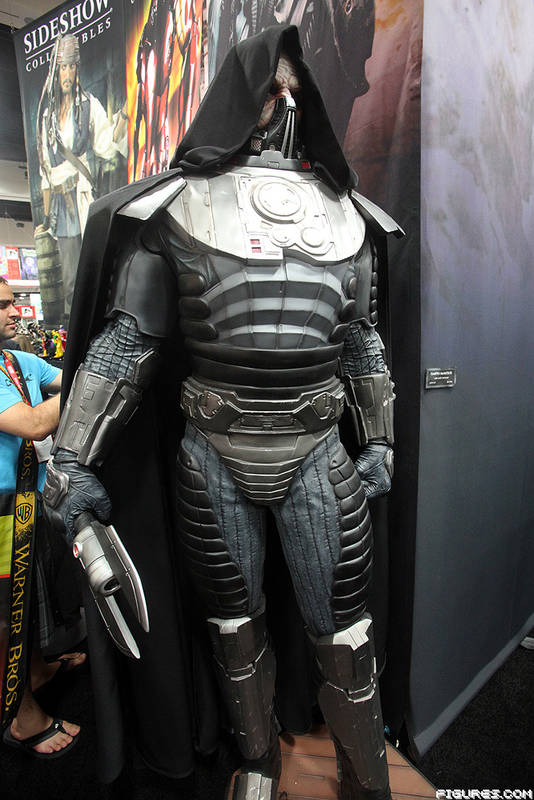 Sdcc 2012 Sideshow Assorted Booth Images Ybmw
