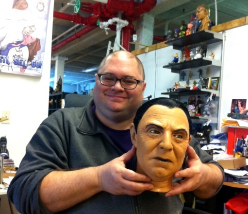 mike-Drake-with-Bela-Lugosi-head-2012.JPG