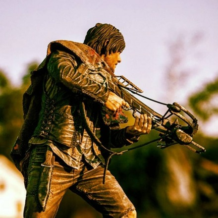 mcfarlane_the_walking_dead_daryl_1.jpg
