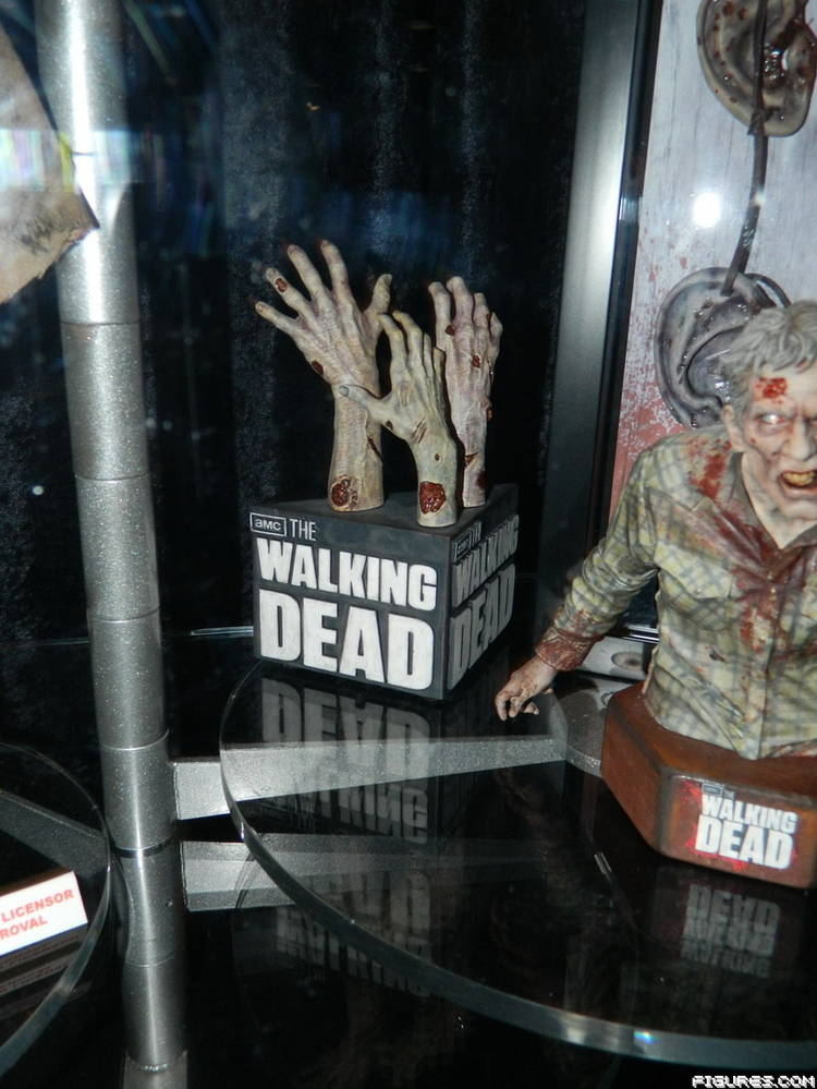 SDCC 2013 - Gentle Giant Booth Photos - The Walking Dead ...
