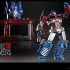 Hot Toys - THE TRANSFORMERS G1 - Optimus Prime Starscream Version Collectible Figure_5.jpg