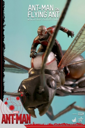 Hot-Toys-Antony-and-Ant-Man-Minature-Collectible-Set-002.jpg