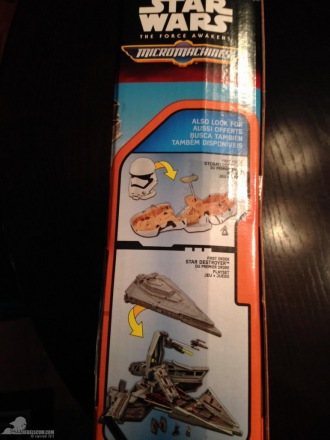 star-wars-the-force-awakens-millennium-falcon-micromachines-playset-080615-003.jpg